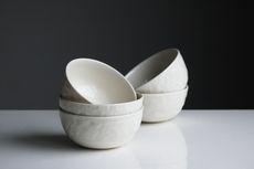 6 Keunggulan Menggunakan Peralatan Makan Keramik