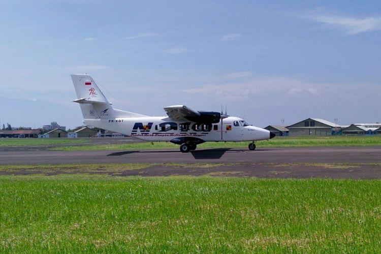 Pesawat N219 yang diberi nama Nurtanio oleh Presiden RI Joko Widodo kembali menjalani flight test atau uji coba terbang ke 15 di landasan udara Husein Sastranegara, Jalan, Pajajaran, Kota Bandung, Jumat (2/2/2018).
