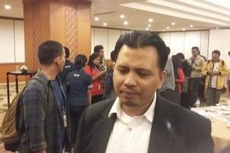 Direktur Eksekutif Poltracking Indonesia, Hanta Yuda, dalam rilis Temuan Survei Nasional di Hotel Sahid, Jakarta, Selasa (19/5/2015).