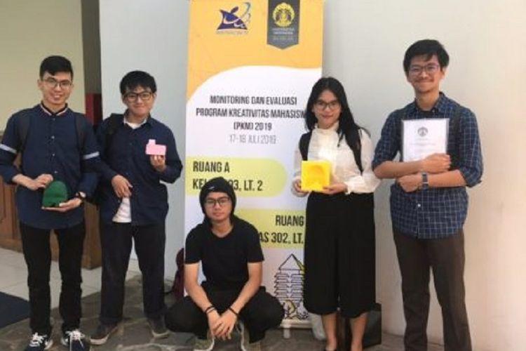 Lima mahasiswa Universitas Indonesia (UI) dari fakultas berbeda yang berhasil menciptakan teknologi Cleft Sintesa.