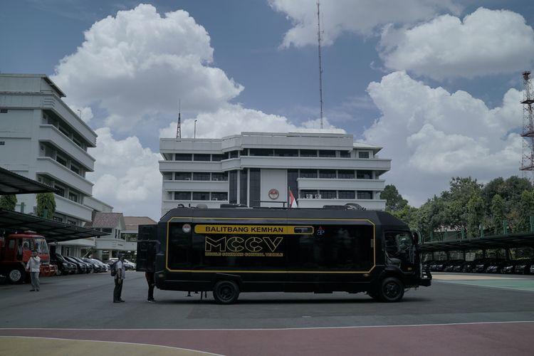 Mobile command control vehicle (MCCV)
