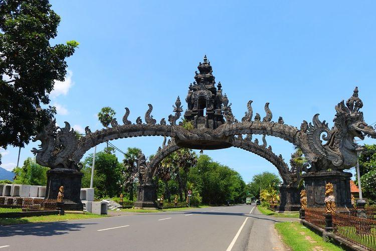 Pintu gerbang menuju Gilimanuk di Kabupaten Jembrana, Bali.