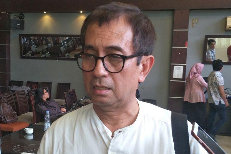Pengamat kebijakan publik Agus Pambagio seusai menjadi pembicara dalam diskusi bertajuk 'Potret Dunia Penerbangan Indonesia' di kawasan Menteng, Jakarta Pusat, Sabtu (3/11/2018).