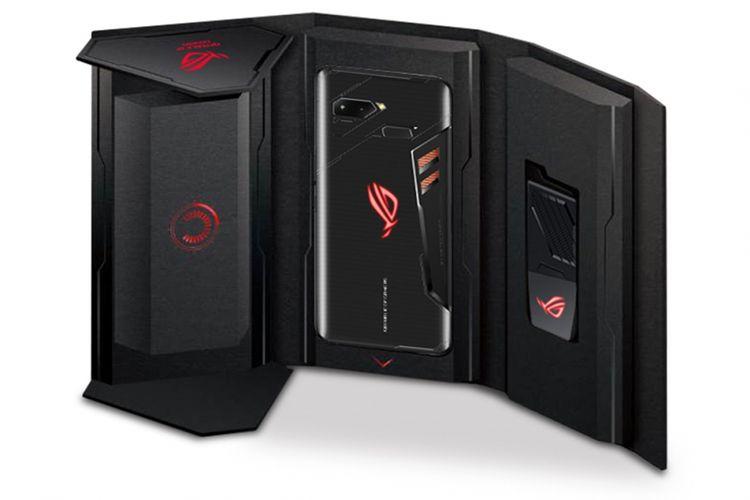 Kemasan penjualan Asus ROG Phone.