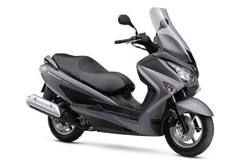 Suzuki Pelajari Skutik 150 cc Pesaing PCX dan NMAX