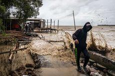 BMKG: Peringatan Dini Cuaca, Waspadai Gelombang Tinggi 6 Meter di Laut Natuna
