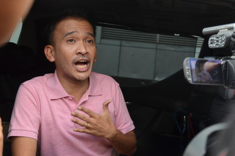 Ruben Onsu diwawancara saat ditemui di kawasan Tendean, Jakarta Selatan, Senin (20/11/2017).