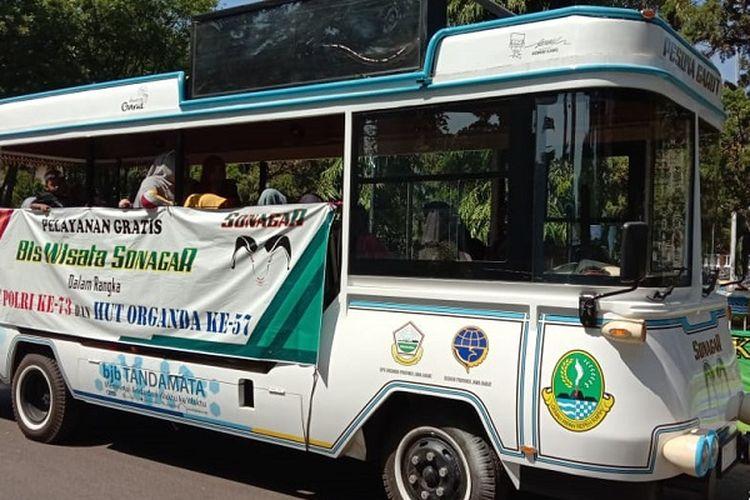 Unit bus wisata Sonagar (Pesona Garut) di Kabupaten Garut