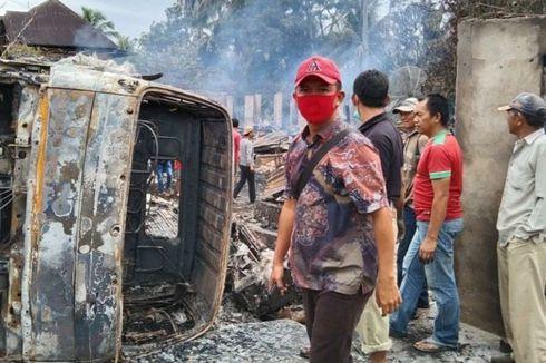 Truk Daging Oleng, Tabrak 7 Rumah Warga hingga Terbakar, Anak dan Istri Sopir Tewas Terpanggang