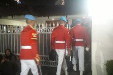 Pasukan Kehormatan Sambut Jenazah Habibie di Rumah Duka