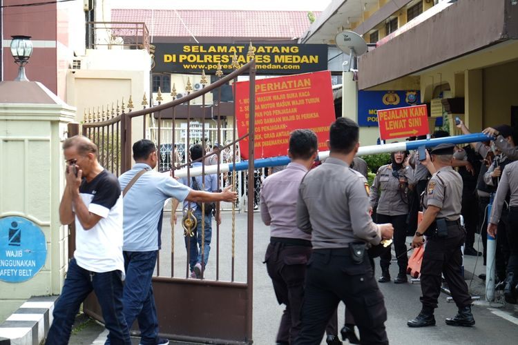 Teror Bom Medan, DPR RI Imbau Masyarakat untuk Tetap Tenang