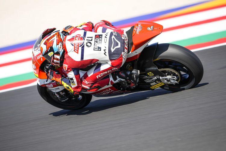 Nicolo Bulega saat berlaga pada Moto2 San Marino 2021