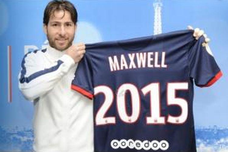 Bek Paris Saint-Germain, Maxwell, memperpanjang kontrak hingga Juni 2015.