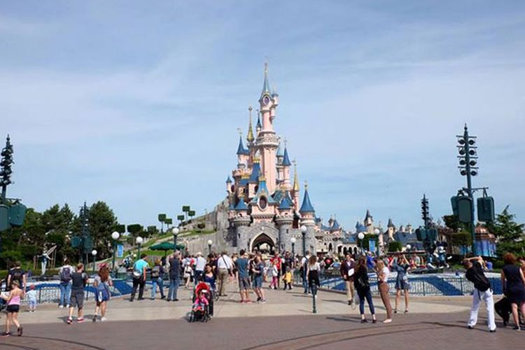 Sleeping Beauty Castle di Disneyland Paris.