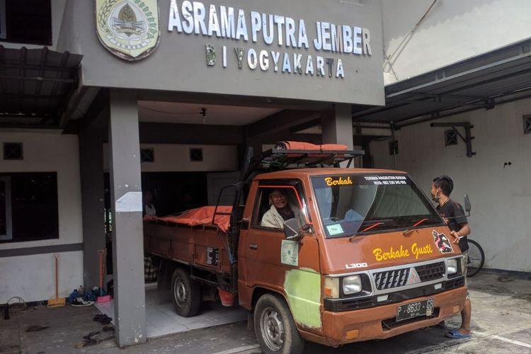 Asrama Mahasiswa Jember di Yogyakarta.