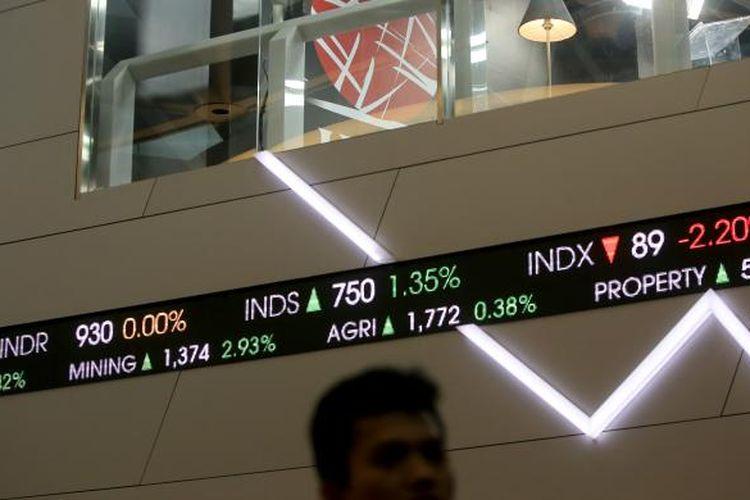 Pergerakan Indeks Harga Saham Gabungan (IHSG) di Bursa Efek Indonesia, Jakarta, Selasa (22/11/2016).