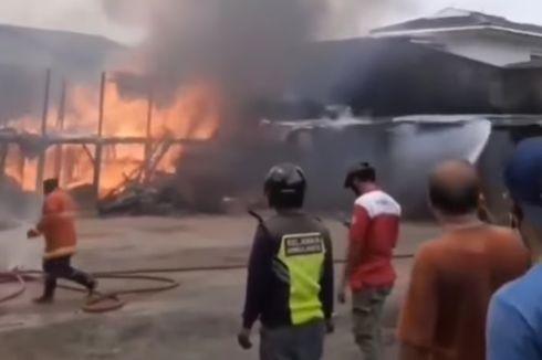 Toko Material di Ciledug Terbakar