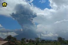 Gunung Sinabung Erupsi dengan Tinggi Kolom Abu 4.500 Meter, Ini Rekomendasi PVMBG