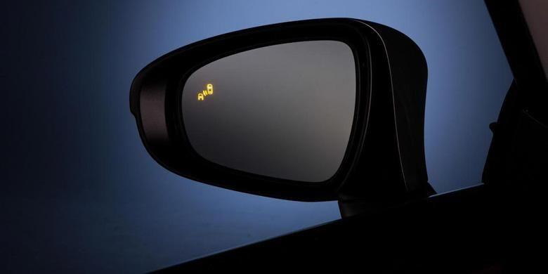 Blind spot monitoring, tidak sepenuhnya efektif.