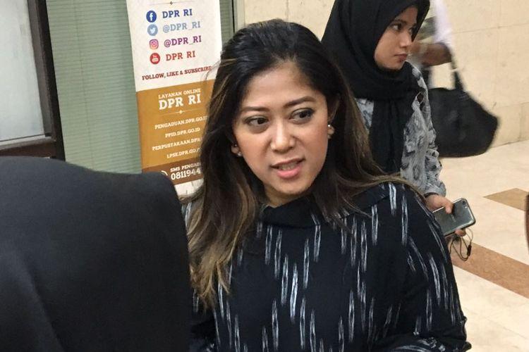 Wakil Ketua Komisi I DPR Meutya Hafid di Kompleks Parlemen, Senayan, Jakarta, Senin (27/11/2017).