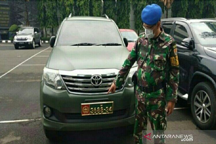 Pusat Polisi Militer TNI Angkatan Darat (Puspomad) akan memanggil Kolonel CPM (Purnawirawan) Bagus Heru Sucahyo terkait viralnya warga sipil menggunakan mobil dinas TNI jenis Toyota Fortuner dengan nomor registrasi 3688-34.