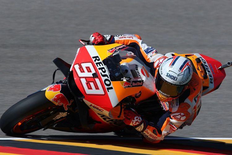 Pebalap Repsol Honda, Marc Marquez, pada sesi latihan bebas MotoGP Jerman di Sirkuit Sachsenring, Jumat (18/6/2021).
