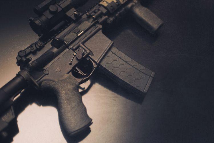 Ilustrasi senapan serbu AR-15.