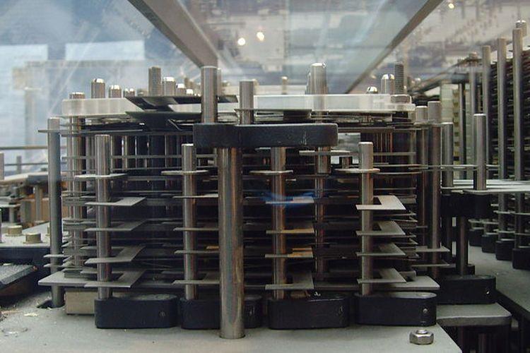 Z1, salah satu cikal bakal komputer modern yang diciptakan oleh Konrad Zuse