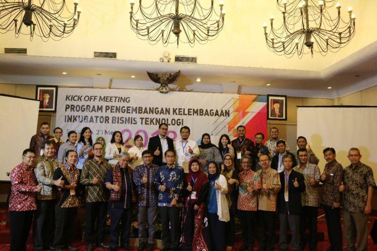 Meeting Program Pengembangan Kelembagaan Inkubator Bisnis Teknologi di Surabaya (23/5/2018)