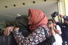Kedatangan 12 Mahasiswa Aceh dari Wuhan Disambut Haru Teman dan Keluarga