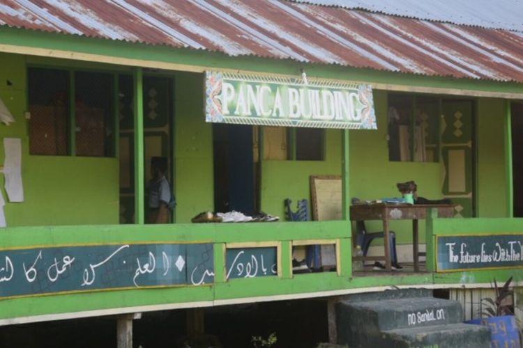 Pondok pesantren Al Amanah Putra di Kota Baubau, Sulawesi Tenggara, menjadi cluster baru penyebaran covid 19.