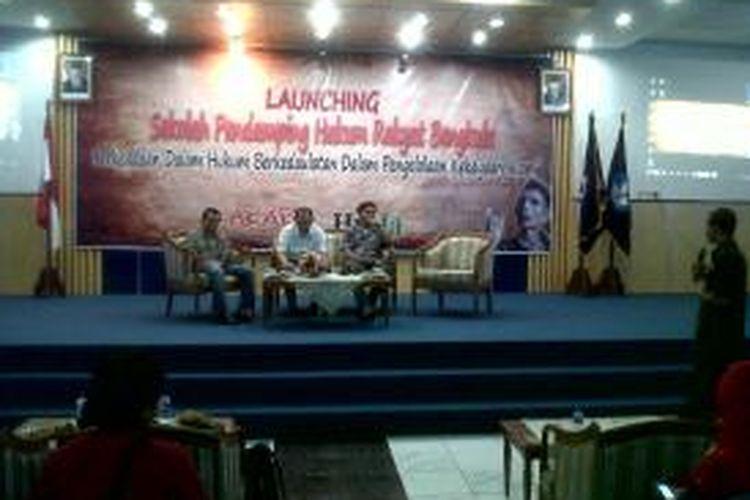 Peluncuran Sekolah Rakyat Alternatif di kampus Universitas Bengkulu, berkaitan dengan peringatan Hari Sumpah Pemuda, Senin (28/10/2013)
