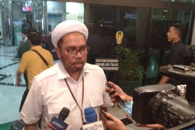 Tenaga Ahli Kedeputian IV Kantor Staf Presiden (KSP) Ali Mochtar Ngabalin di RSPAD Gatot Subroto, Jakarta Pusat, Kamis (10/10/2019)