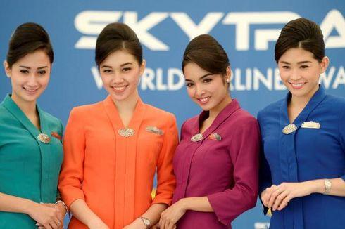 Bos Garuda Pastikan Pramugari Tetap Kenakan Masker Selama Penerbangan