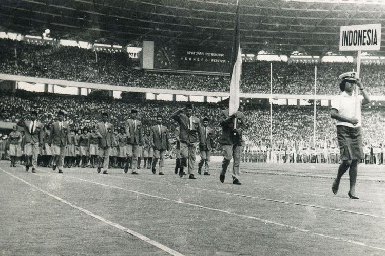 Upacara Pembukaan ( Opening Ceremony ) Ganefo I di Gelora Bung Karno, Senayan tgl 10 November 1963