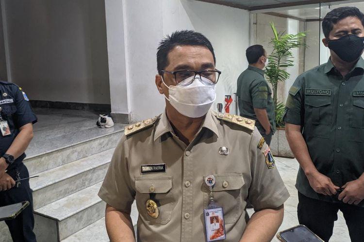 Wakil Gubernur DKI Jakarta Ahmad Riza Patria saat ditemui di Balaikota DKI Jakarta, Senin (8/3/2021)