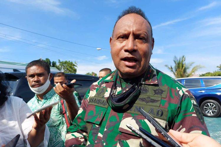 Wakil KSAD, Letjen Herman Asaribab ketika masih menjabat sebagai Pangdam XVII/Cenderawasih