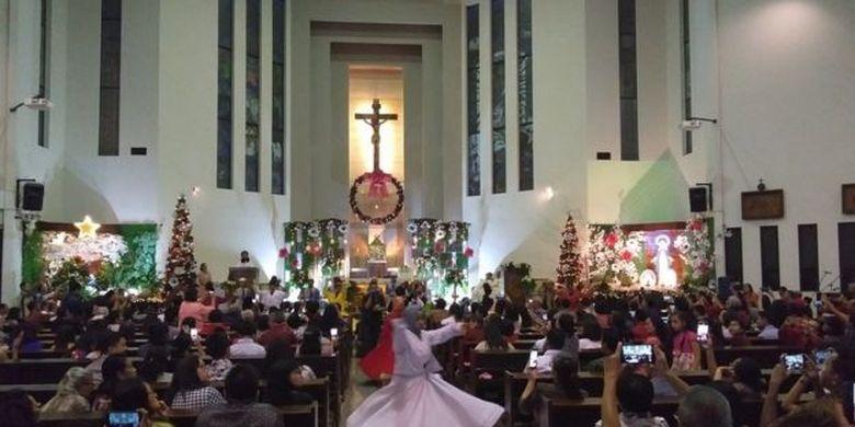 MUI Pusat telah menyatakan bahwa pihaknya tidak menyarankan maupun melarang Muslim mengucapkan Selamat Natal.