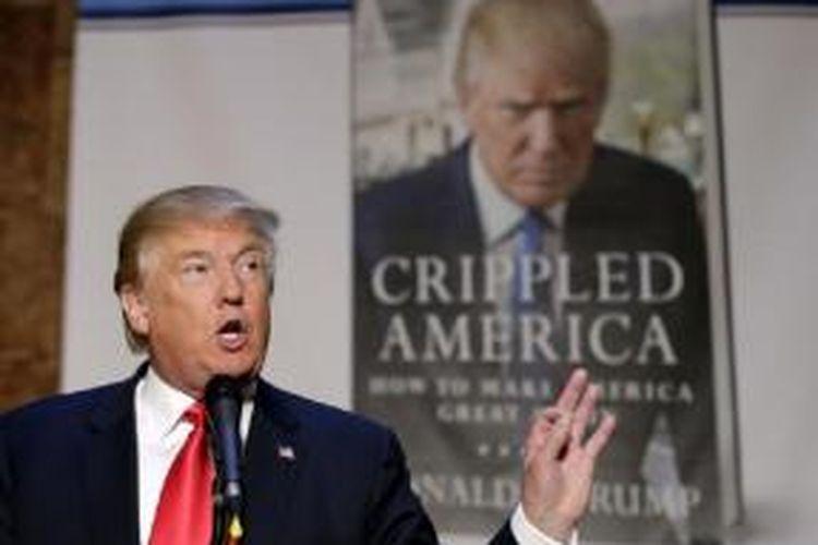 Donald Trump berbicara di acara promosi bukunya