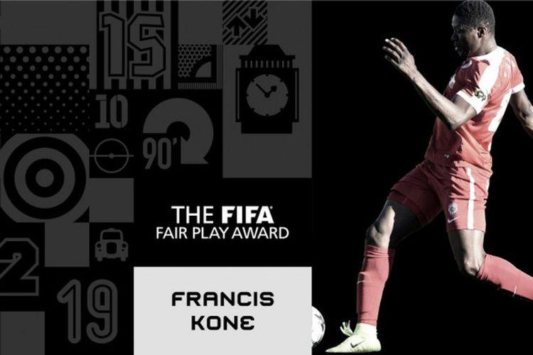 Striker FC Zbrojovka Brno, Francis Kone, memenangi penghargaan Fair Play Award dalam acara The Best FIFA Football Awards 2017 di London, Inggris, pada 23 Oktober 2017.