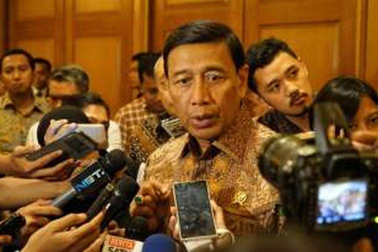 Menko Polhukam Wiranto saat ditemui usai acara DKPP Outlook 2017 di Hotel Arya Duta, Jakarta Pusat, Rabu (14/12/2016).
