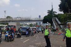 Demo Selesai, Buruh Berangsur Pulang, Jalan di Depan Gedung DPR Dibuka Kembali