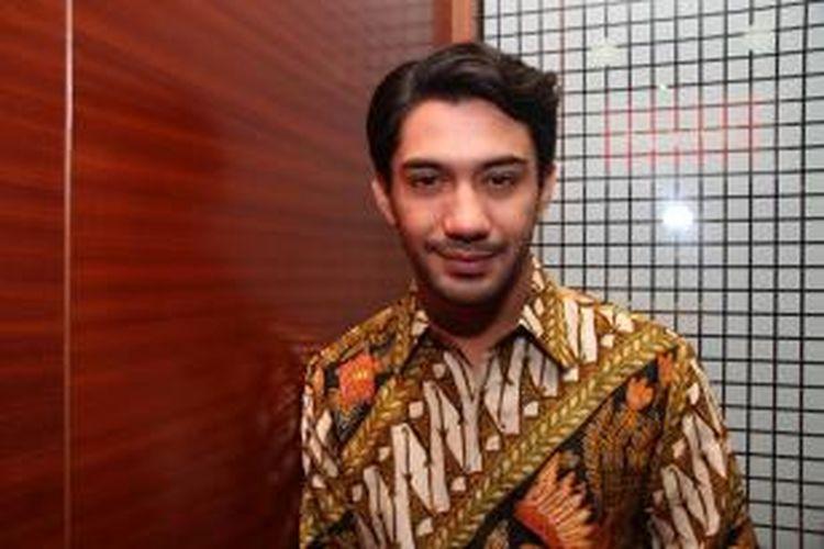 Reza Rahadian hadir dalam jumpa pers syukuran produksi film Guru Bangsa HOS Tjokroaminoto, yang dibintanginya, di XXI Lounge Plaza Senayan, Jakarta, Rabu (3/9/2014).