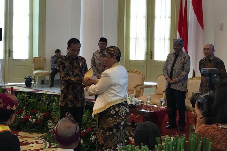Presiden Joko Widodo, Kamis (4/1/2018), saat menerima raja dan sultan se-Indonesia di Istana Kepresidenan Bogor.