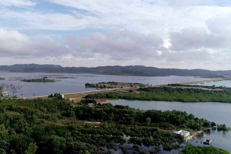 Saat ini Pulau Batam mengalami kemarau yang berkepanjangan yang bermula sejak 2018 sampai dengan 2020, sehingga tampungan air baku di waduk-waduk menurun. Penurunan tinggi muka air di waduk ini juga terkait dengan tingginya kebutuhan air bersih, baik untuk masyarakat maupun kawasan industri.