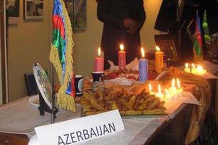 Gerai Republik Azerbaijan pada Festival Nowruz di Gedung Sekretariat ASEAN pada Kamis (21/3/2013). Kultur masyarakat negara bekas pecahan Uni Soviet yang terletak di kawasan Asia Tengah ini memang mendapat pengaruh dari Persia yang merayakan Nowruz sebagai tahun baru ala penanggalan Persia.