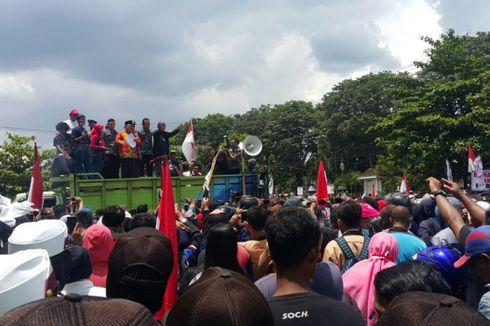 Jalan Panjang Warga Sukoharjo Tuntut Bau Menyengat Pabrik Rayon PT RUM