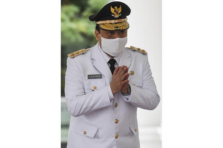 Wakil Gubernur DKI Jakarta Ahmad Riza Patria tiba di Istana Merdeka untuk dilantik di Jakarta, Rabu (15/4/2020). Ahmad Riza Patria resmi menjabat sebagai Wakil Gubernur DKI Jakarta seusai dilantik Presiden Joko Widodo.