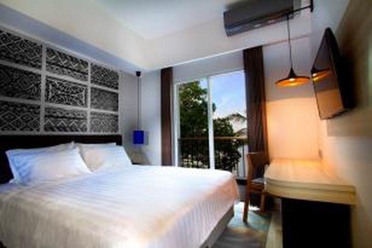 Kamar Deluxe hotel Aston Anyer