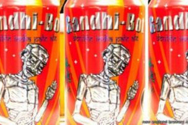 Sebuah perusahaan pembuat bir asal AS menggunakan gambar pahlawan nasional India, Mahatma Gandhi pada kaleng dan botol bir produksinya. Tak ayal, perusahaan itu mendapat kecaman dari warga India.